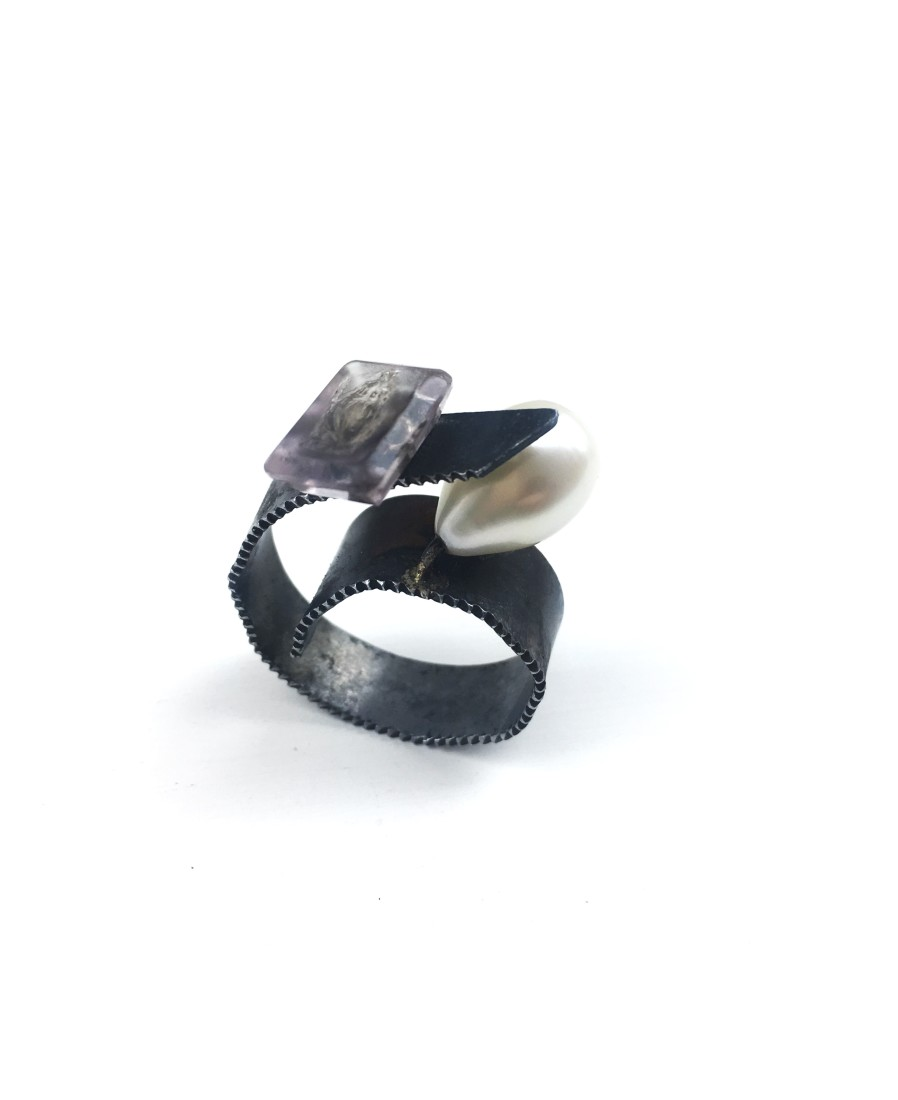 Bernhard Schobinger Gem and Pearl Ring, 2018 Amethyst gem, pearl, saw blade