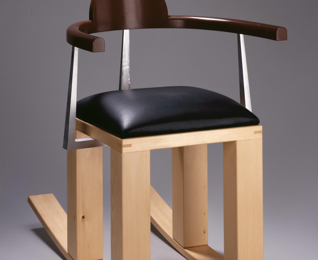 Garry Knox Bennett, Chair #859