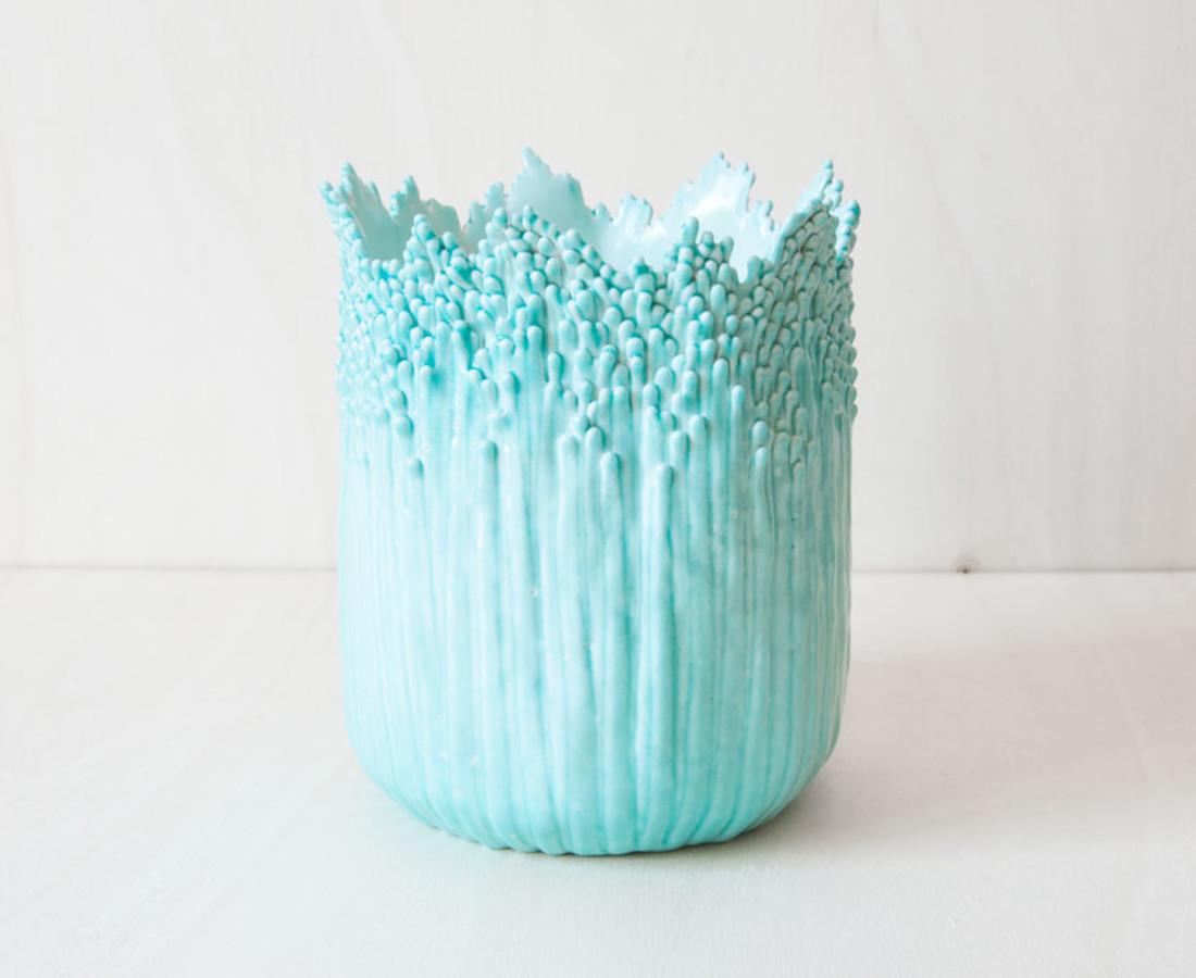 Cécile Bichon, Cache-pot ascensionnel floral celadon, 2019