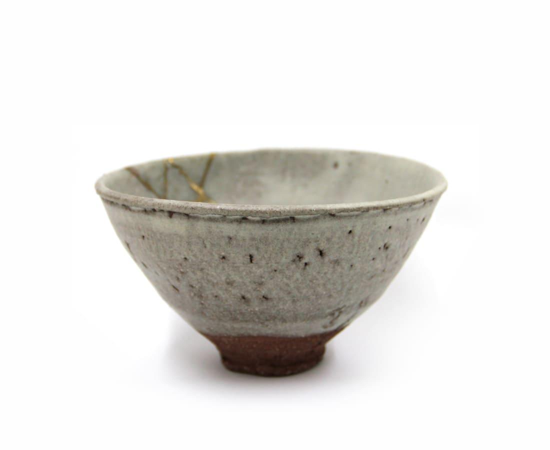 Ryusuke Asai, White Hagi Tea Bowl 'Snow on the Mountains' with Kintsugi Repair