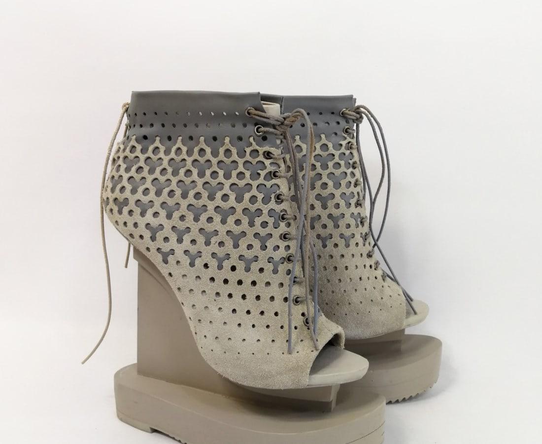 Iris van Herpen, Ludi Naturae Shoes crème