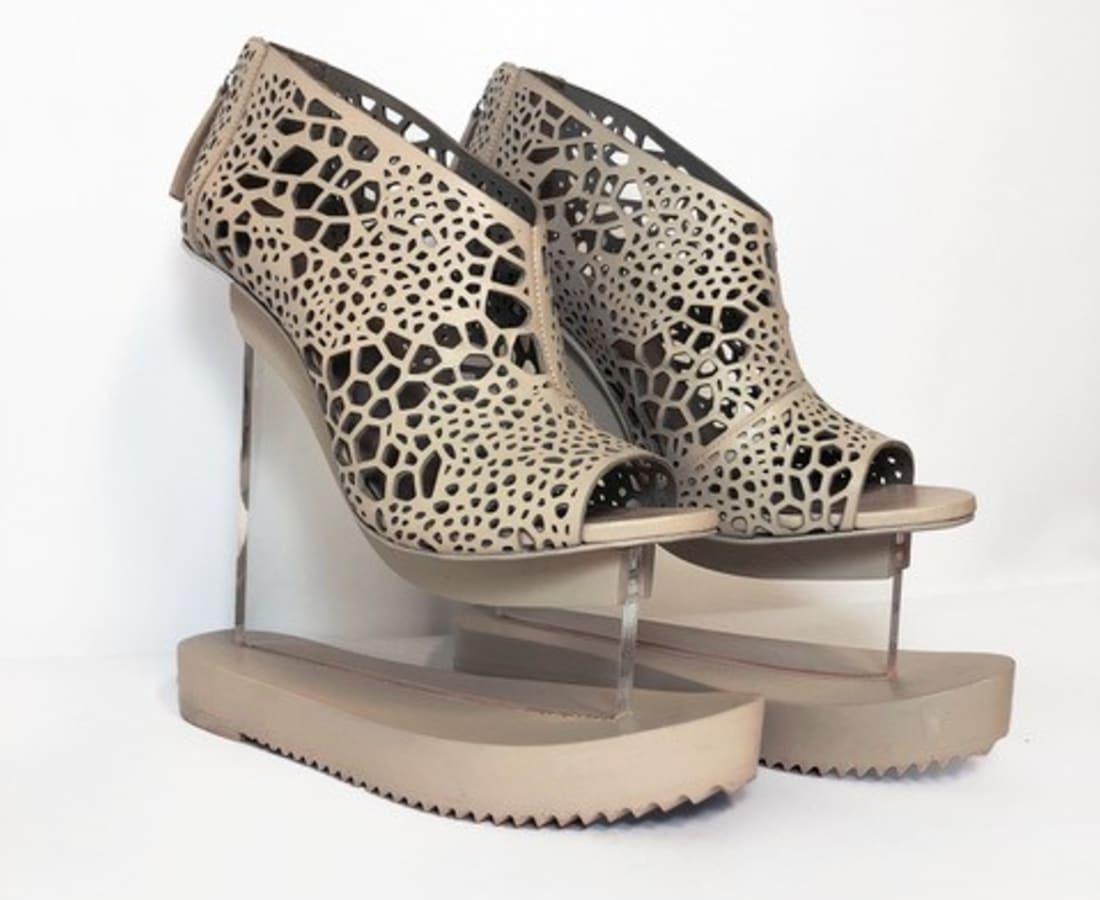 Iris van Herpen, Aero Shoes
