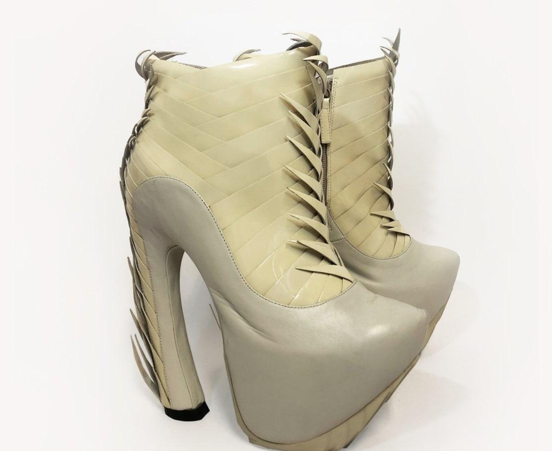 Iris van Herpen, Voltage Shoes