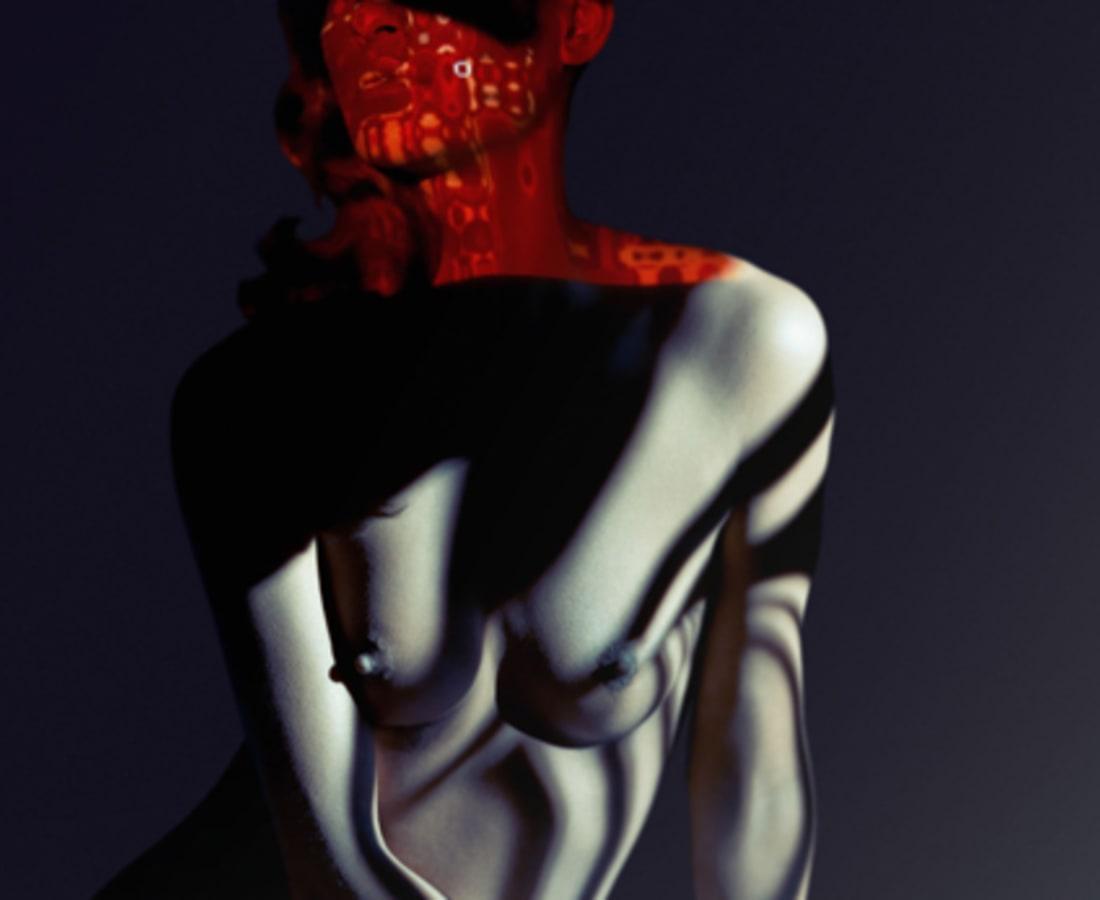 Carli Hermès, Mask
