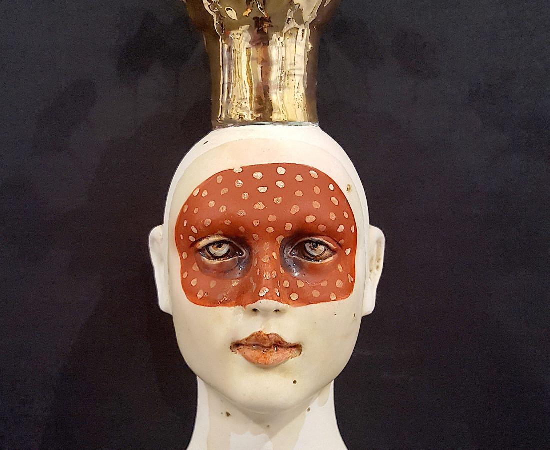 <span class=&#34;artist&#34;><strong>Lisa Clague</strong></span>, <span class=&#34;title&#34;><em>Disguise Me</em></span>