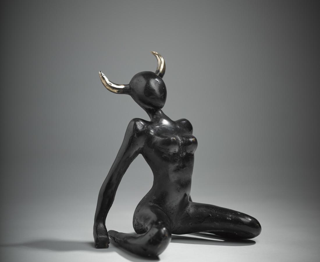 <span class=&#34;artist&#34;><strong>Orla de Br&#237;</strong></span>, <span class=&#34;title&#34;><em>She Bull I</em></span>
