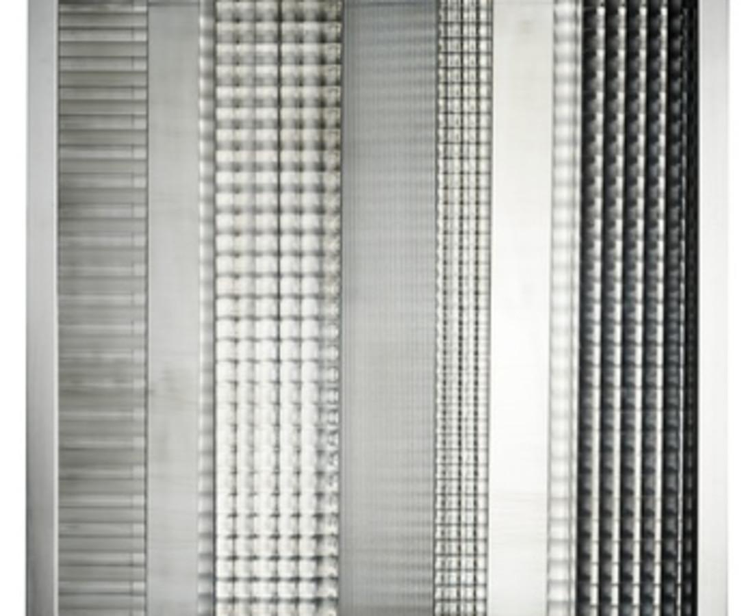Nanda Vigo: Cronotopo, 1964, 60 x 60 x 7 cm - 23 9/16 x 23 9/16 x 2 12/16 ins, telaio in alluminio, vetro soffiato e specchio