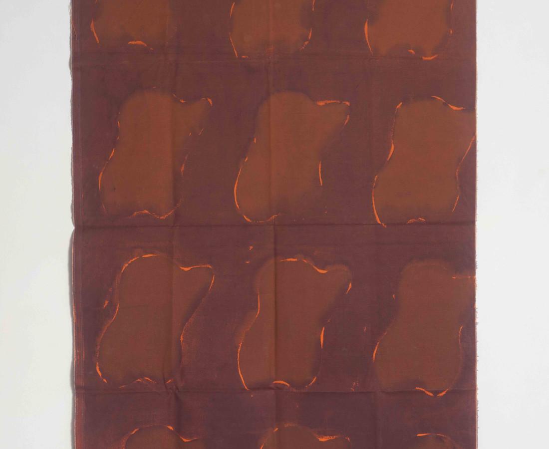 Erbern - Pinelli - Viallat: Claude Viallat, 074, 1972, 167 x 102 cm - 65 3/4 x 40 1/8 in, tecnica mista