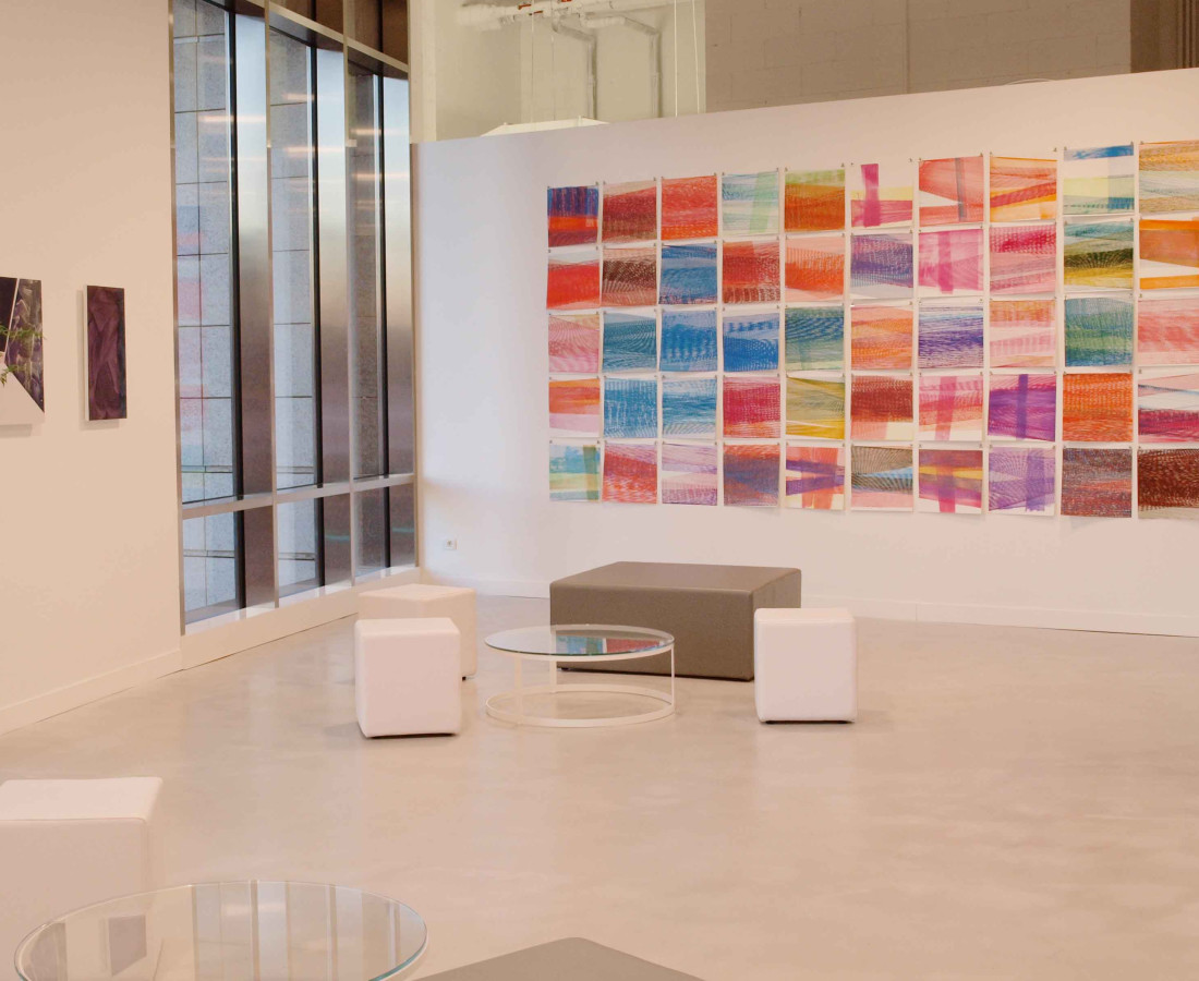 Patrick Tabarelli: Ubiquity – ABC-ARTE Contemporary art Gallery – 2015 Zero-Om, 2012, 60 x 35 cm - 23 5/8 x 13 3/4 in, olio, alchidico, gel acrilico su tela Unconnected, 2012, 60 x 35 cm - 23 5/8 x 13 3/4 in, olio e alchidchico su tela [M], 2015, 200 x 400 cm - 78 3/4 x 157 1/2 in, acquarello liquido su carta cotone