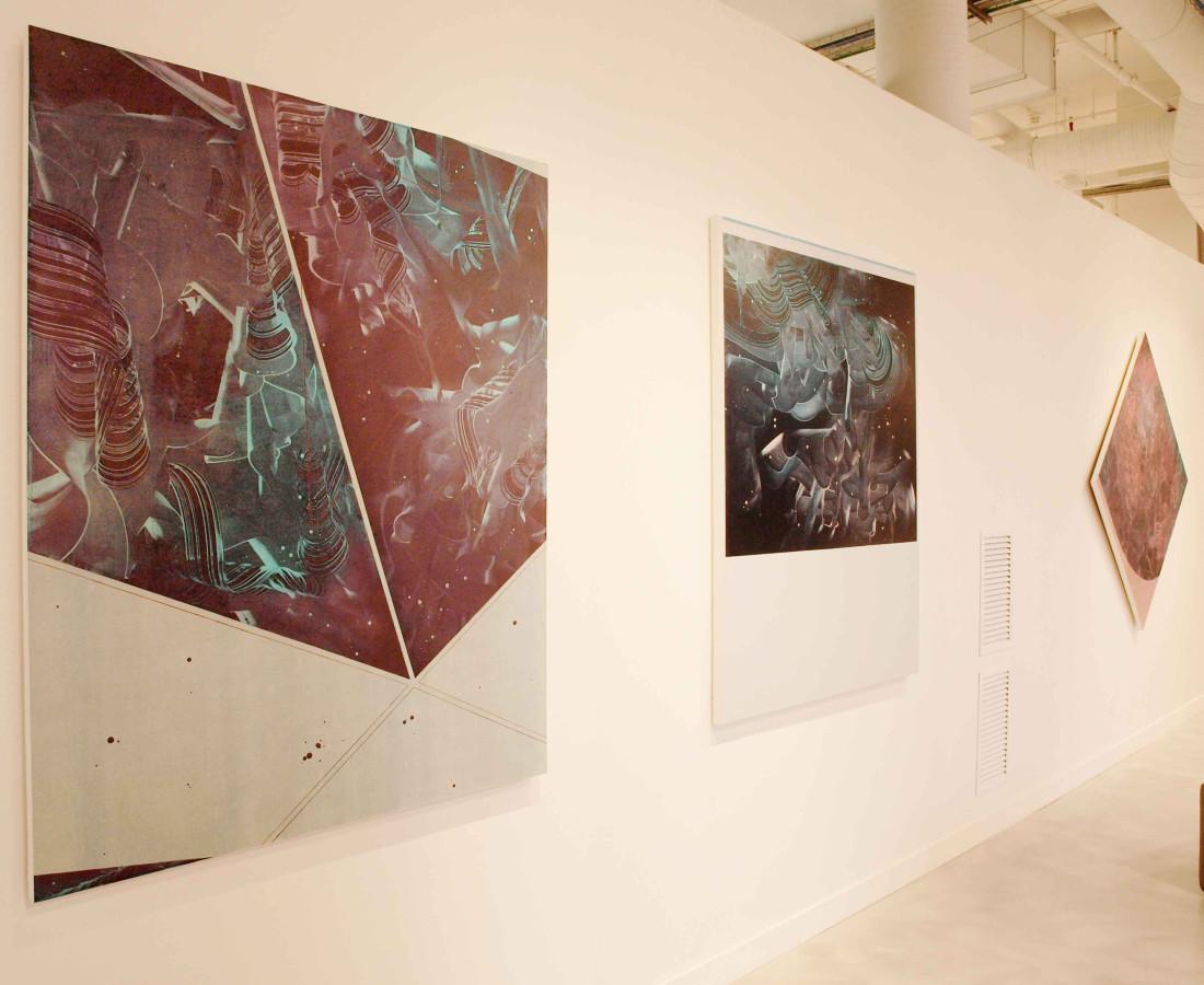 Patrick Tabarelli: Ubiquity – ABC-ARTE Contemporary art Gallery – 2015 Schlafli Attribute, 2012, 150 x 120 cm - 59 1/8 x 47 1/4 in, olio e alchidico su tela Torque Torquoise, 2012, 150 x 120 cm - 59 1/8 x 47 1/4 in, oilo, alchidico, gel acrilico su tela Dream Toolkit, 2012, 120 x 120 cm - 47 1/4 x 47 1/4 in, olio e alchidicho su tela