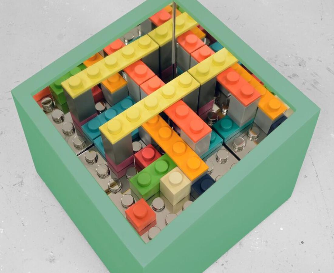 Matteo Negri: particolare Kamigami box / green 2015 ferro cromato, legno e specchio, esemplare unico 67 x 67 x 60 cm