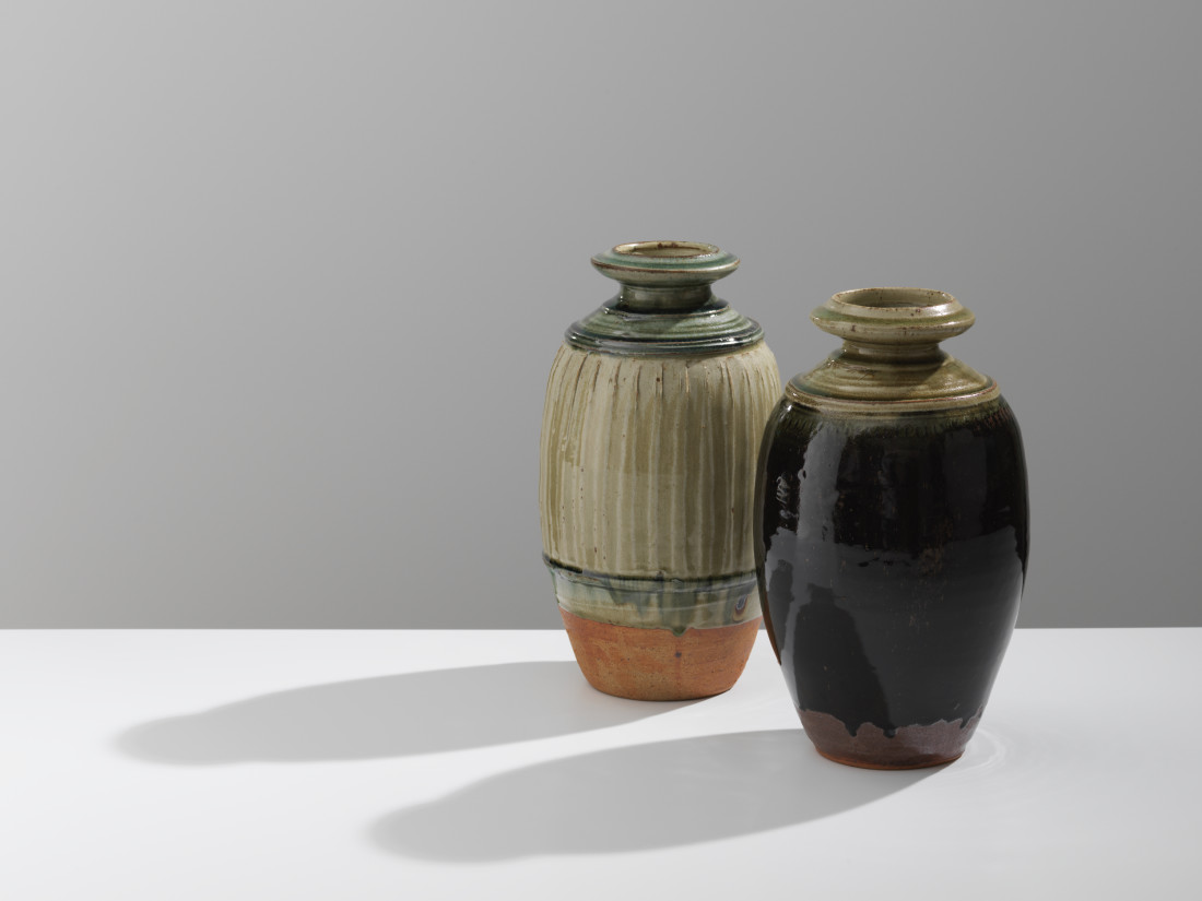 Richard Batterham, Ash glazed Bottle, 2018