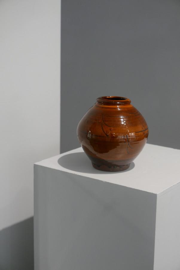 Bernard Leach, Slipware Vase, c1930