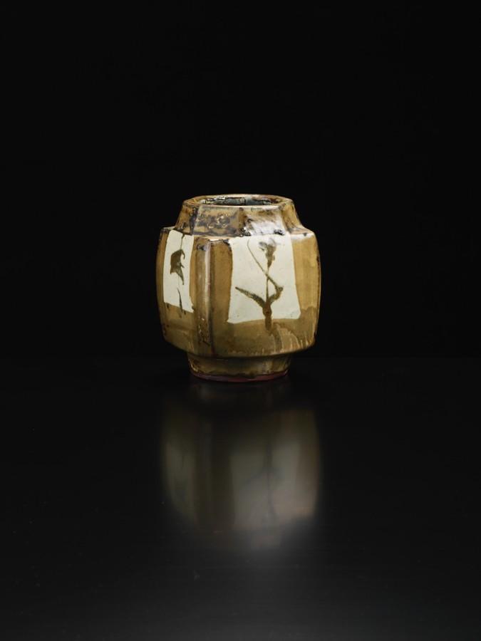Shoji Hamada, Squared Jar