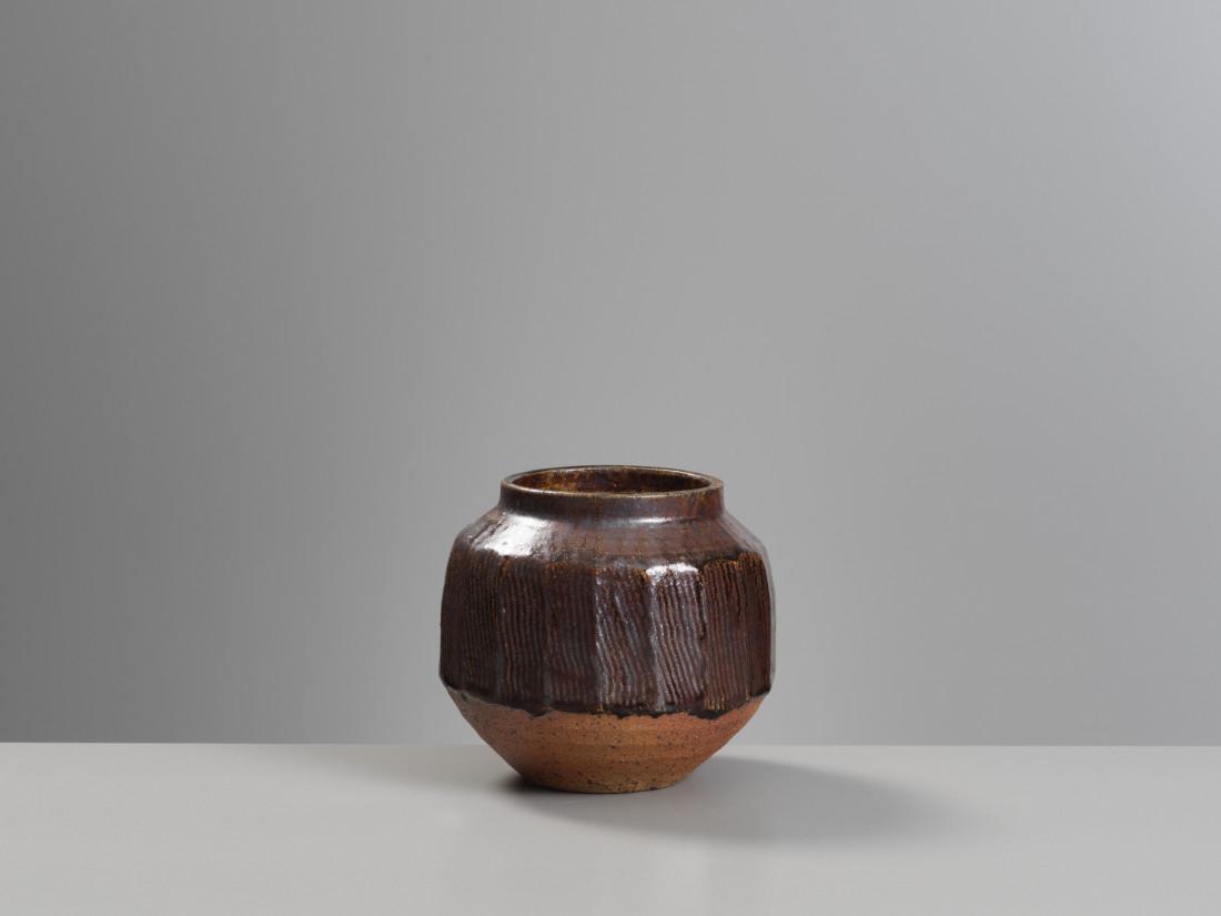 Janet Leach, Globular Cut Vase
