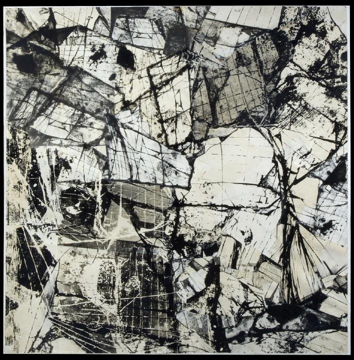 <p>NIGEL HENDERSON Shattered Glass</p>