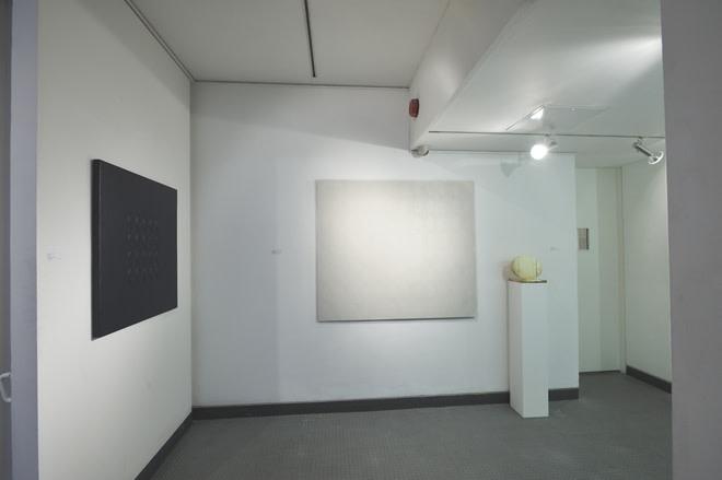 <p>TURI SIMETI Installation View</p>