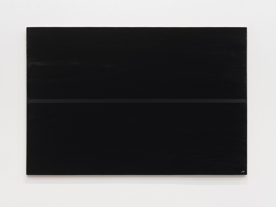 "<p><span class=""title""><em>Black line on a black surface</em>, 1968‒1997</span></p><div class=""medium"">Oil and acrylic on canvas</div><div class=""dimensions"">80 x 120 cm<br />31 ½ x 47 ¼ inches</div>"
