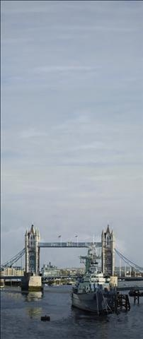 Francisco Rangel Tower Bridge oil on canvas 195 x 83 cm