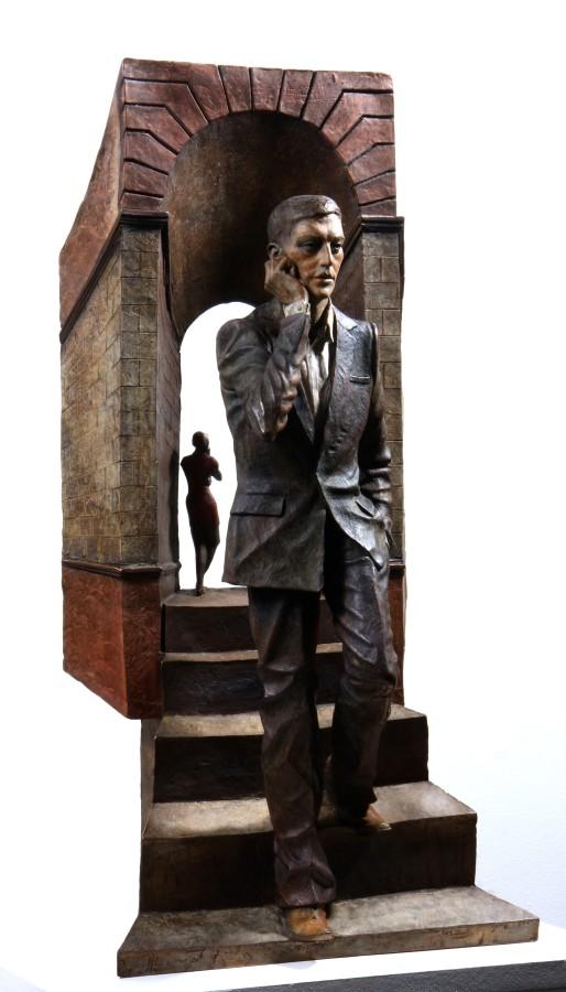 L'homme au telephone Bronze 67 x 34 x 17 cm