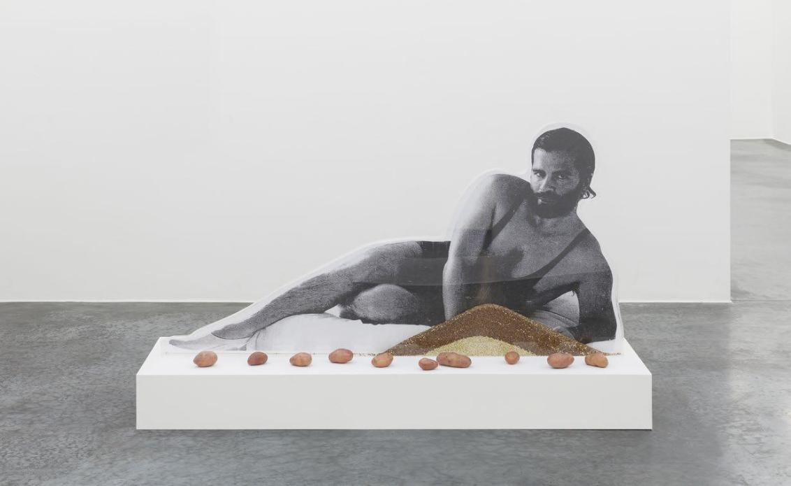 Karl Lagerfeld Bean Counter, 2012