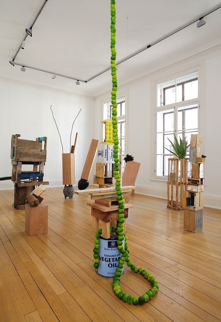 Autoconstruccion Room, 2009