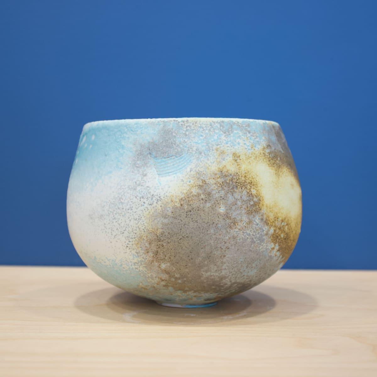 Jack Doherty Round Bowl, 2019 Ceramic 12 x 14 x 14 cm 4 3/4 x 5 1/2 x 5 1/2 in