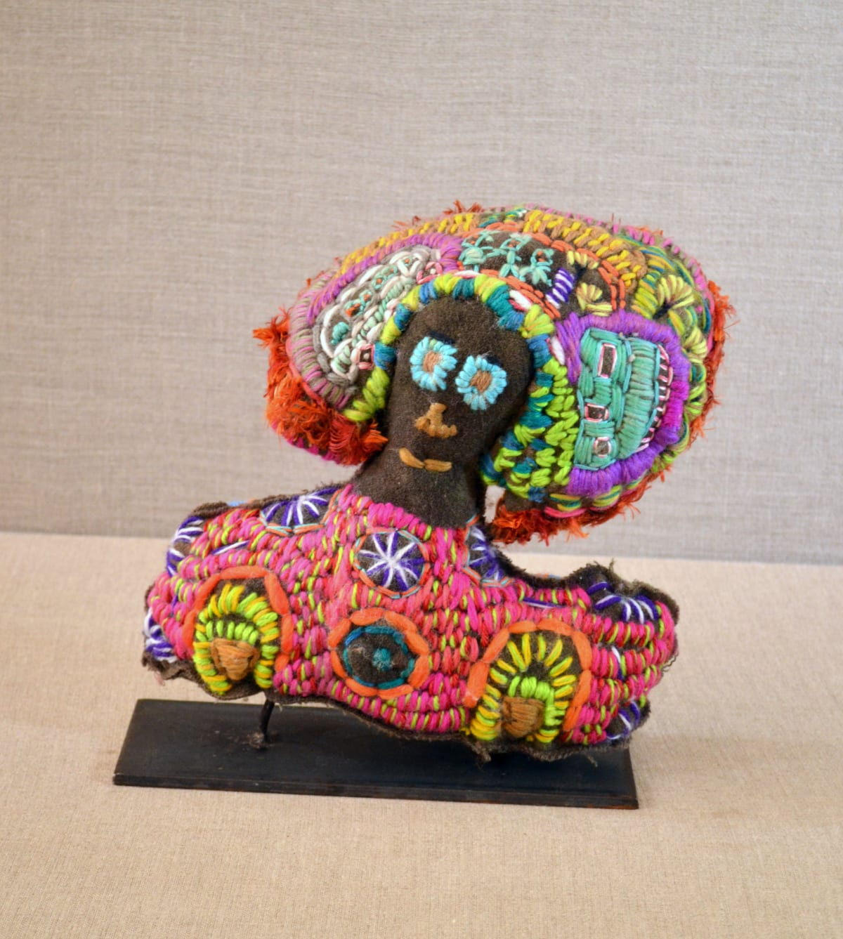 Louise Robertson Head full of town camp stories Soft Sculpture 27 x 24 x 7 cm