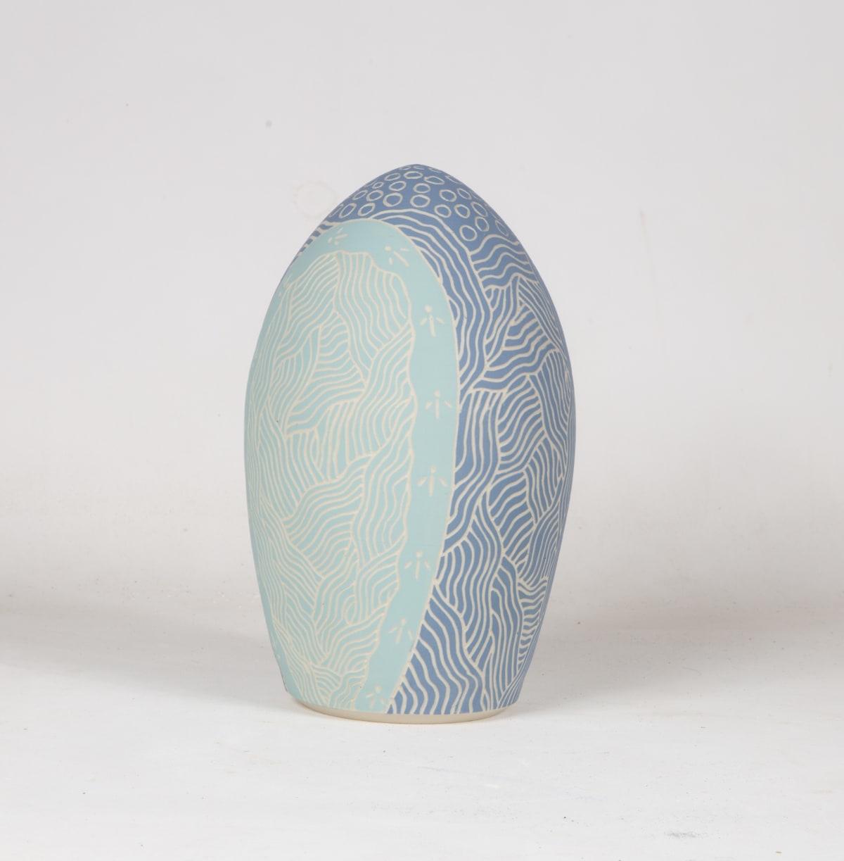 Tjutjuna Andy Tjutjuna's kalaya tjukualaya tjukurpa (emu dreaming), 2018 Stoneware 27 x 15 cm