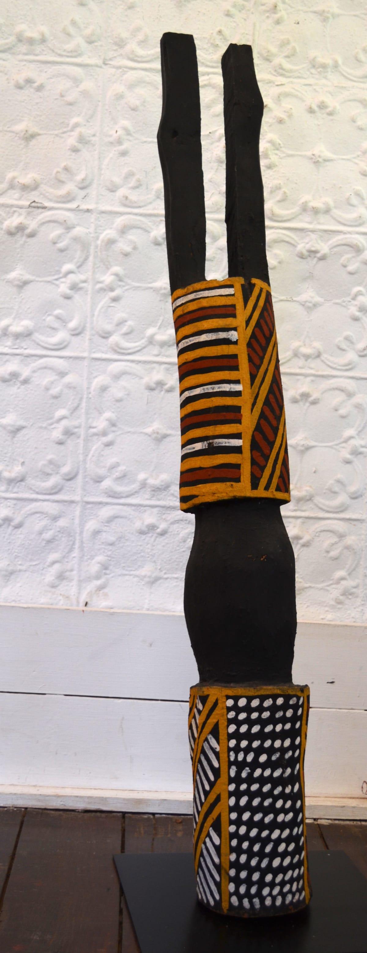 Matthew Freddy Puruntatameri Tutini pukumani Pole carving with natural earth pigment 104 x 14 x 14 cm