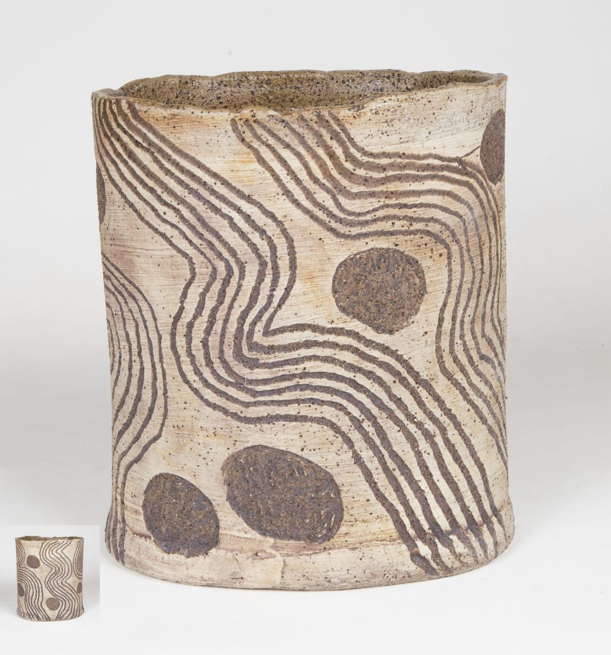 Rupert Jack Maku Maku, 2018 Stoneware 28 x 23 cm