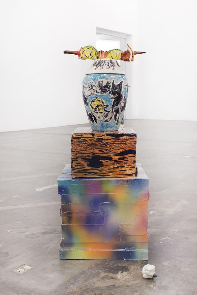 Florentine & Alexandre LAMARCHE-OVIZE, Bruschetta sobre Vaso sobre caja, 2016