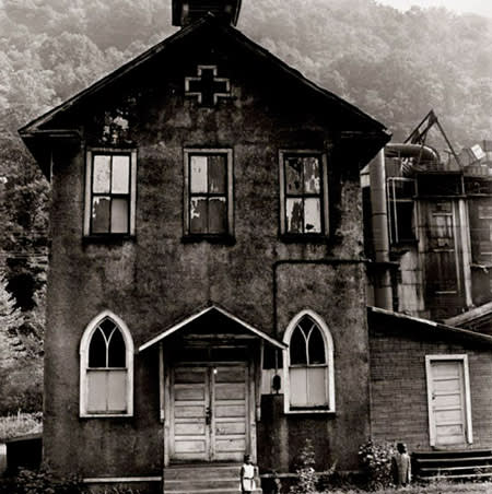 Builder Levy, Mount Olive Baptist Church, Logan County, West Virginia, 1970