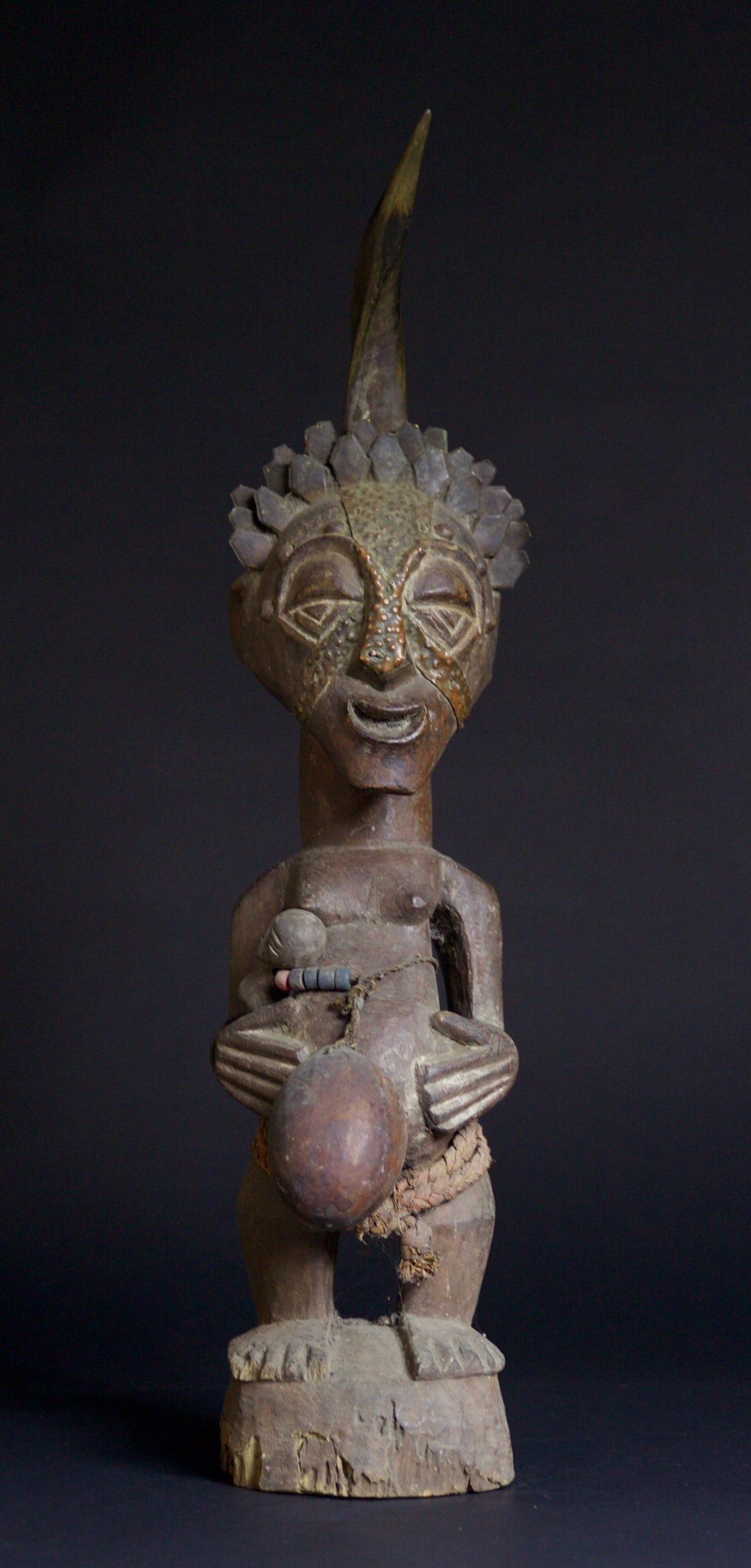 Songye Figure, 19th - 20th century Wood height 75 cm height 29 1/2 in