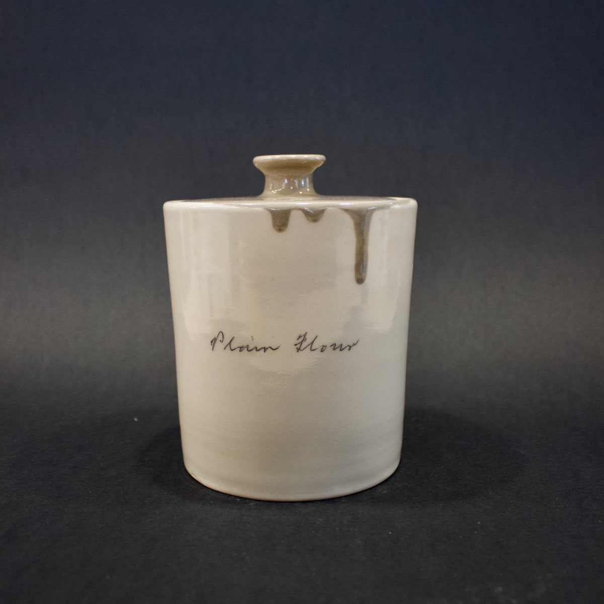 Alice Funge Plain Flour Jar Chocolate Brown, 2019 Stoneware 16 x 12 x 12 cm 6 1/4 x 4 3/4 x 4 3/4 in