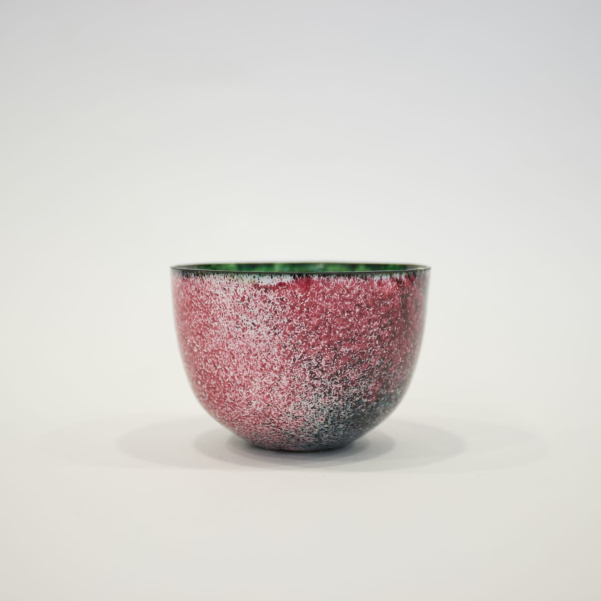 Lundsten Glazzard Small Cup in Green & Pink, 2019 Copper Cup with Enamelled Detailing 5 x 8 x 8 cm 2 x 3 1/8 x 3 1/8 in