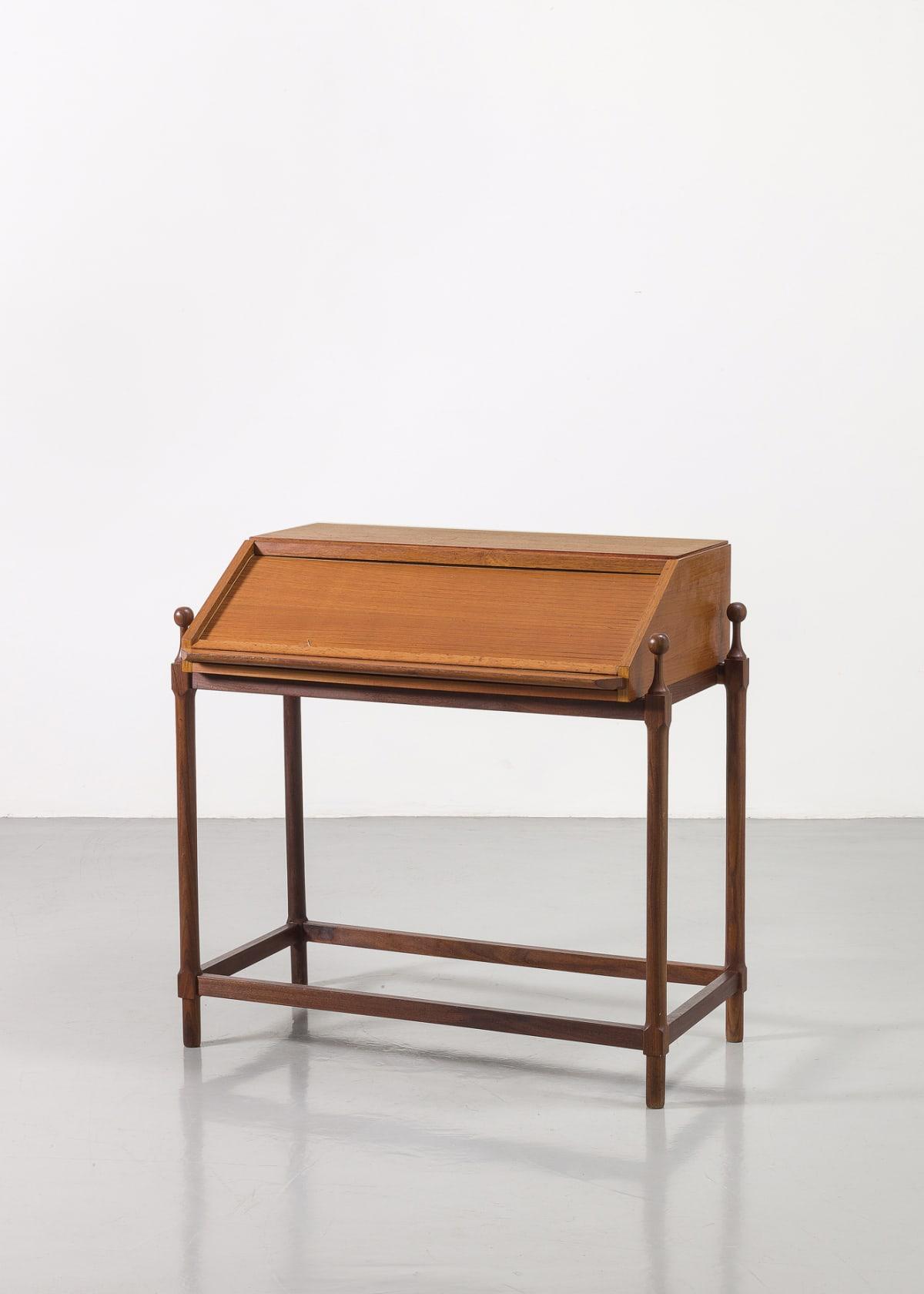 Fratelli Proserpio Writing desk c.1960 Teak and rosewood 81 x 81 x 51 cm