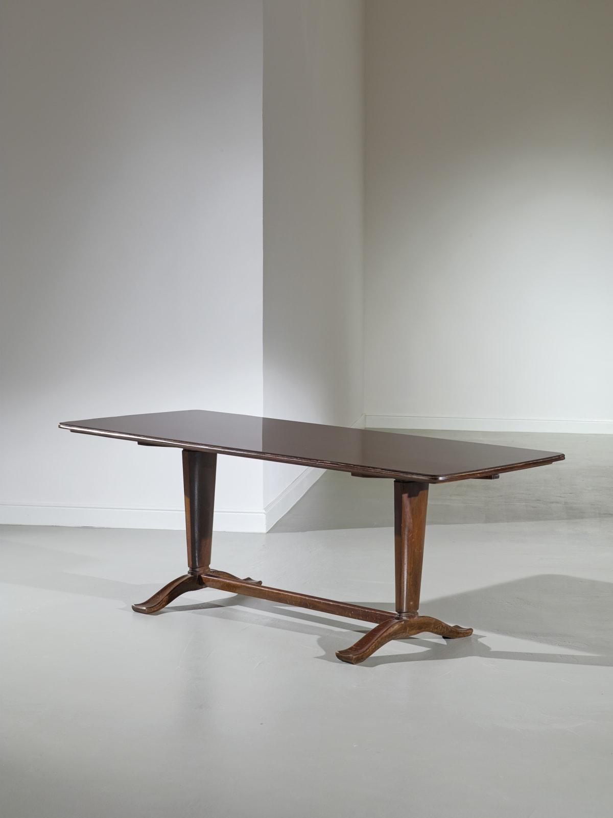 Osvaldo Borsani Dining table 1948 Walnut and cut crystal Production of Borsani furnishings 1948 74 x 200 x 86 cm