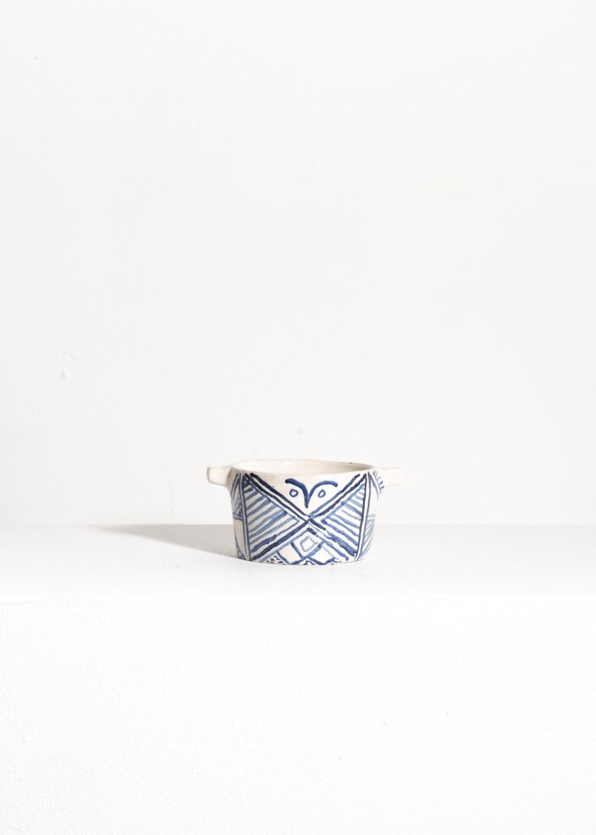 Prue Piper Hebridean Pots Tin glazed earthenware H 5 cm x W 8 cm