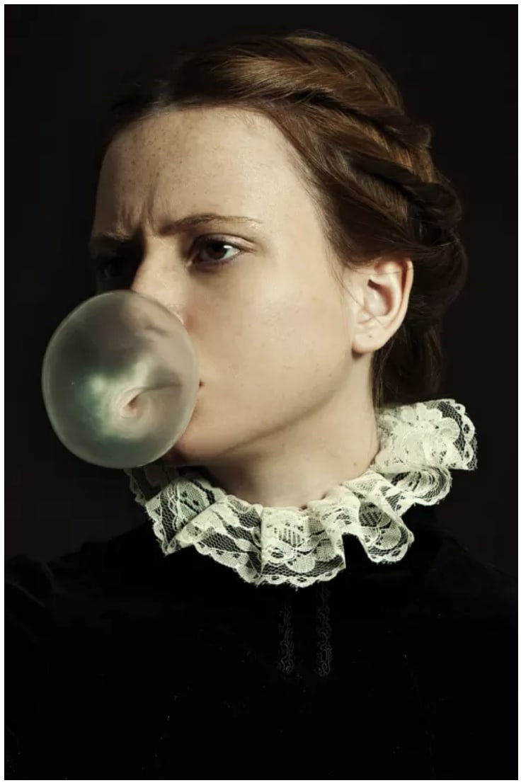 Romina Ressia, Portrait with Bubble Gum , 2018