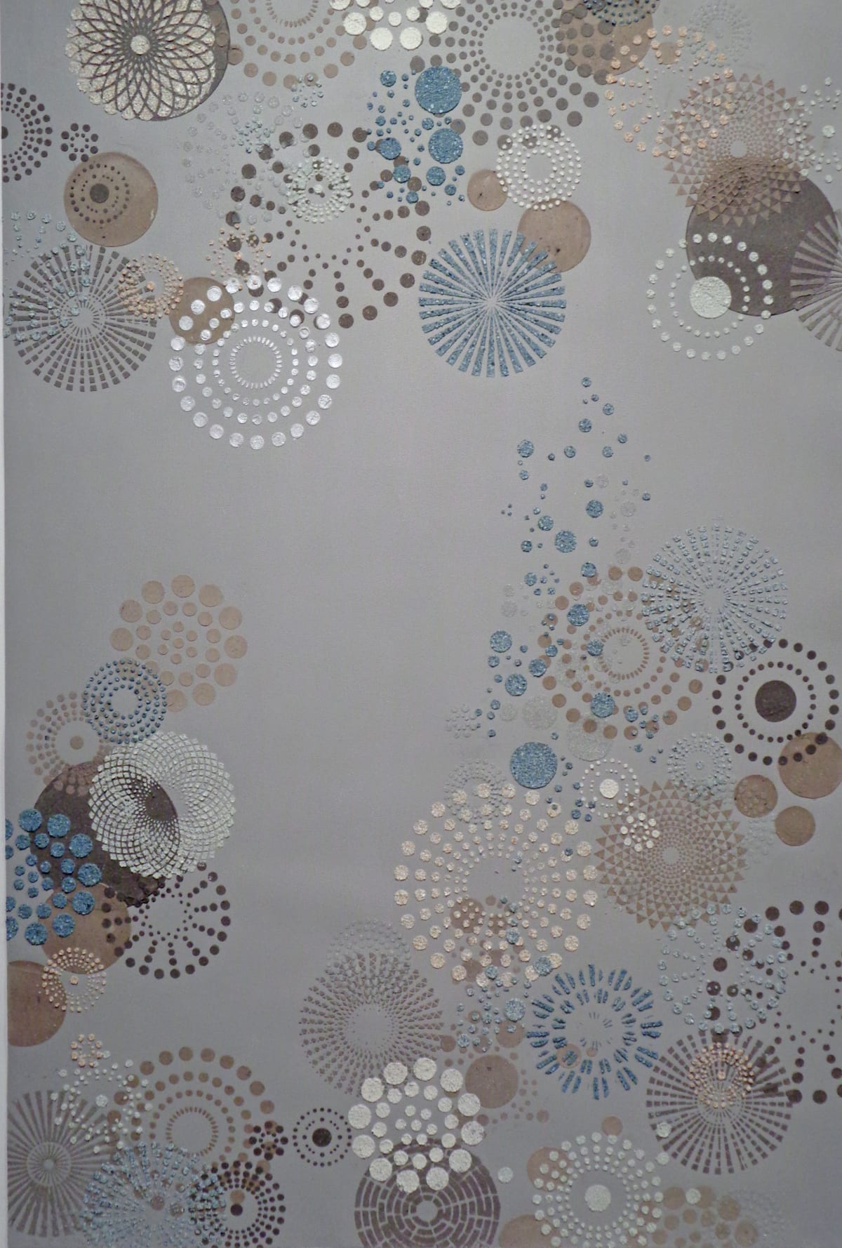 Eleanor White, Grey Multi Dot (large), 2018