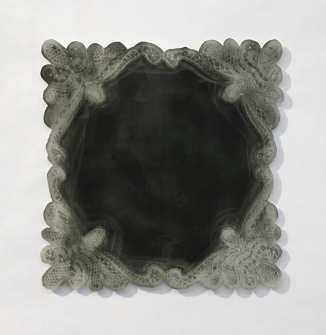 Susanna Starr, Bride's Handkerchief Dark, 2019