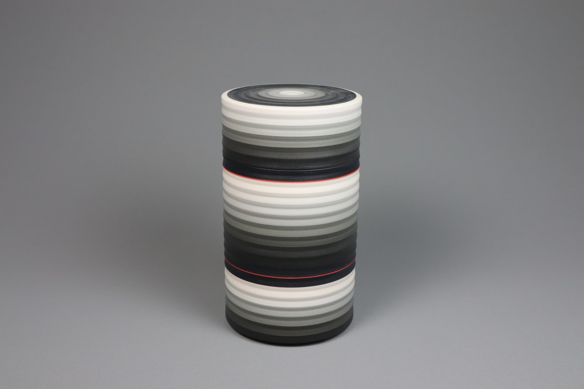 JIN EUI KIM Opject lidded box, 2018 Earthenware, 1120c wheel-thrown and brushed 18 different tones of engobes 22.1 x 12.6 cm 8 3/4 x 5 in initialled on base