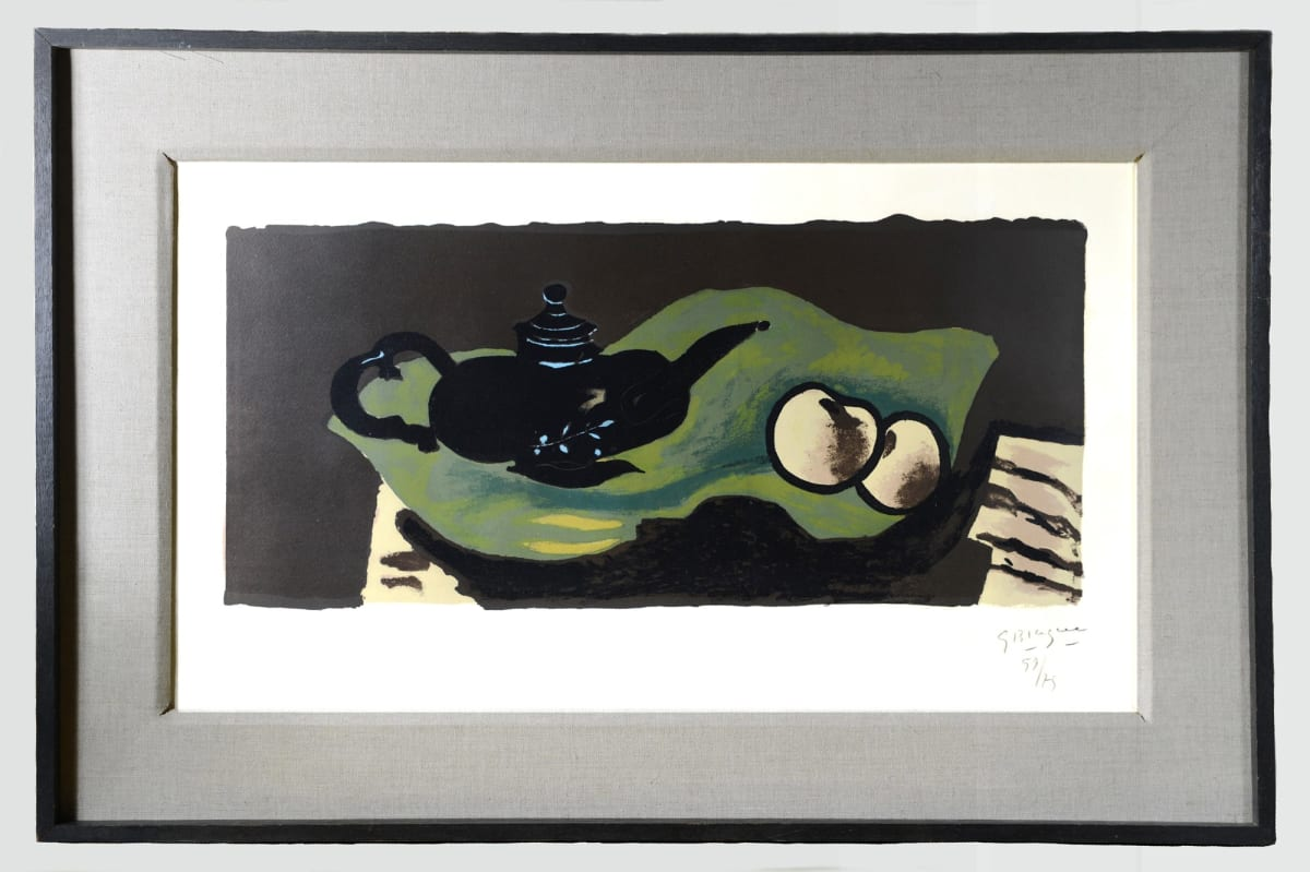 Georges BRAQUE Teapot and apples., 1946. Original lithograph in colors. 55,5 x 75,5 cm.