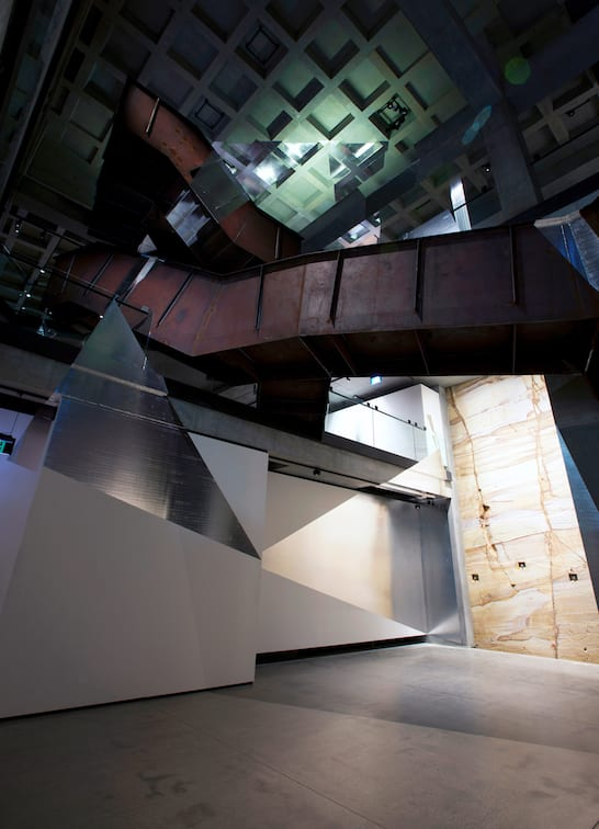 Felice VARINI, Double trapèze pour quatre triangles, 2012