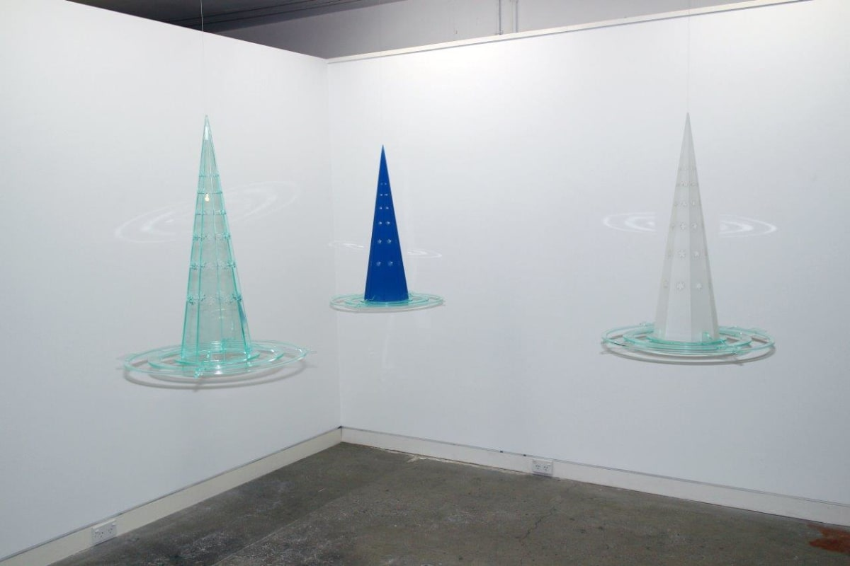 Neil Dawson  Vanishings Clear, 1/6, 2013  Acrylic  27.6 x 22.4 x 22.4 in 70 x 57 x 57 cm