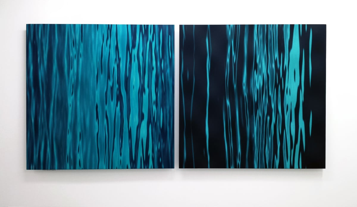 Elizabeth THOMSON Vertical Abstraction, 2014 Cast vinyl film, lacquer on contoured wood 44.1 x 44.1 in 112 x 112 cm
