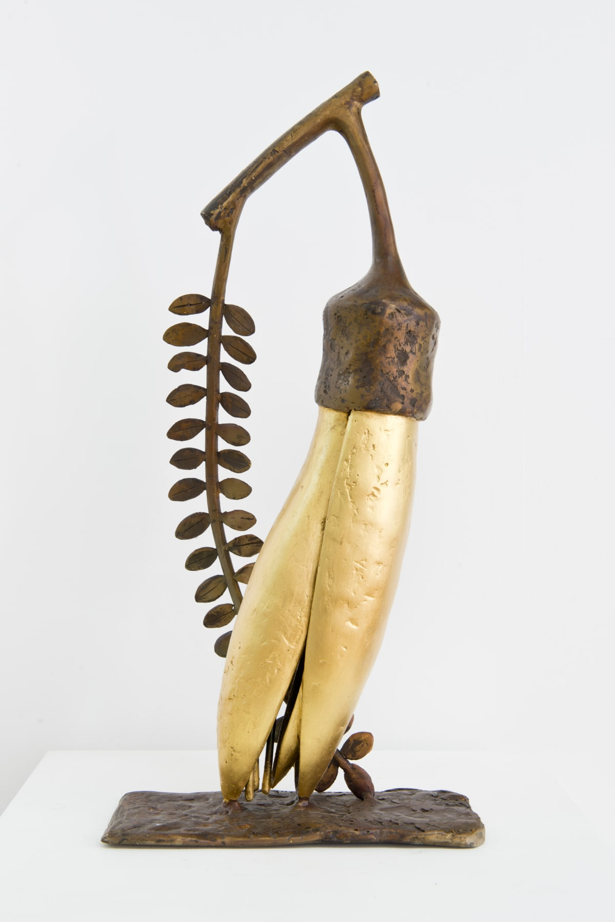 Paul DIBBLE The Gold of the Kowhai [Model], 2015 Cast bronze and 24kt gold 19.7 x 9.1 x 5.9 in 50 x 23 x 15 cm #8/10