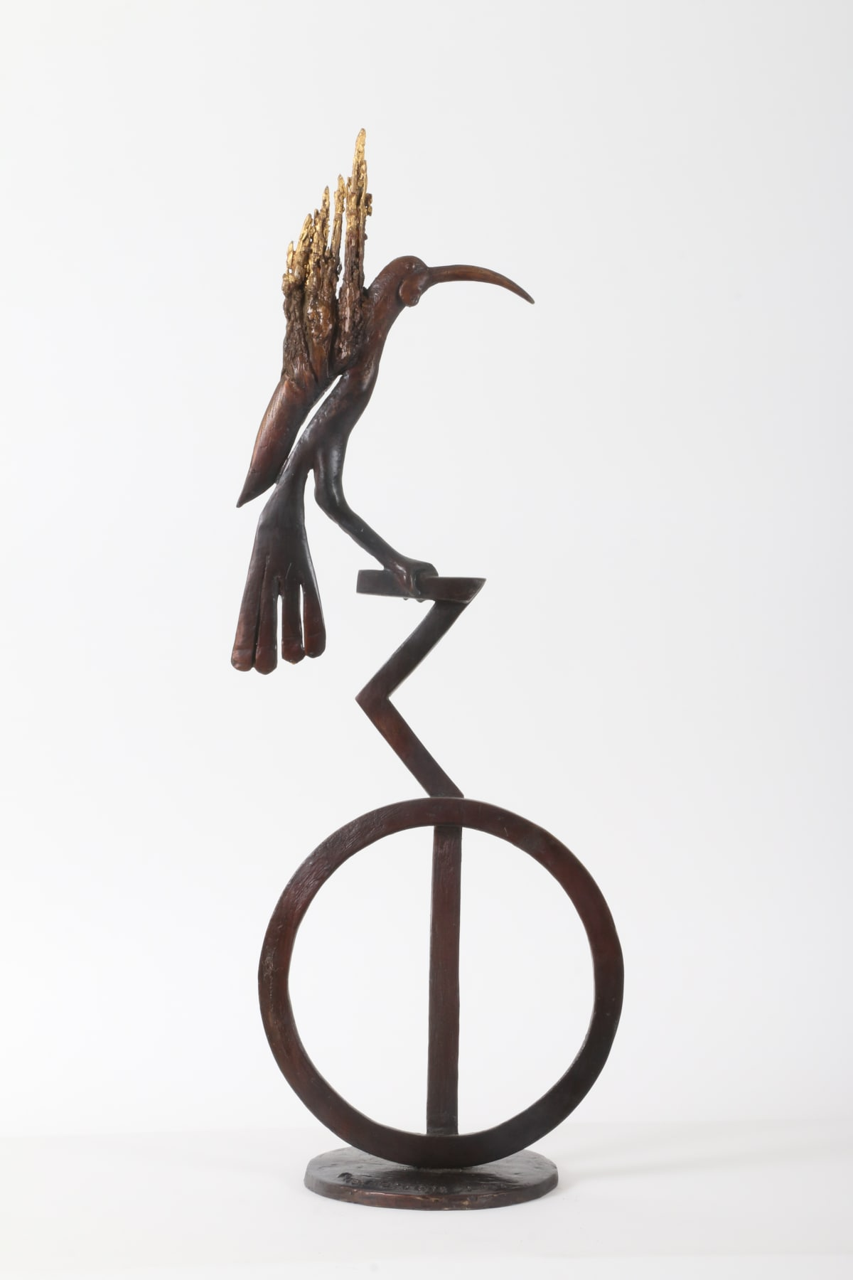 Paul DIBBLE The Last Huia, 2017 Cast bronze and 24kt gold 27.6 x 10.2 x 6.7 in 70 x 26 x 17 cm