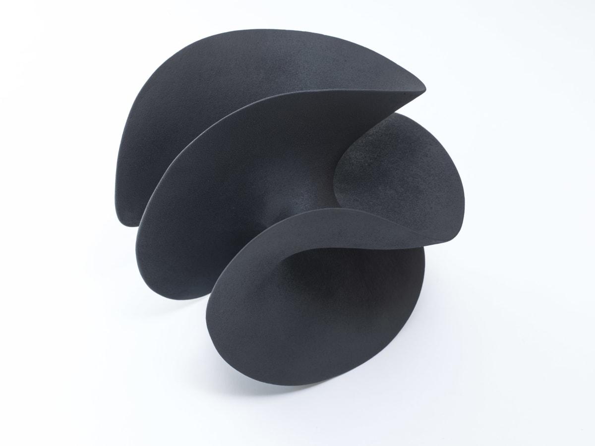 Merete Rasmussen, Black Form, 2019
